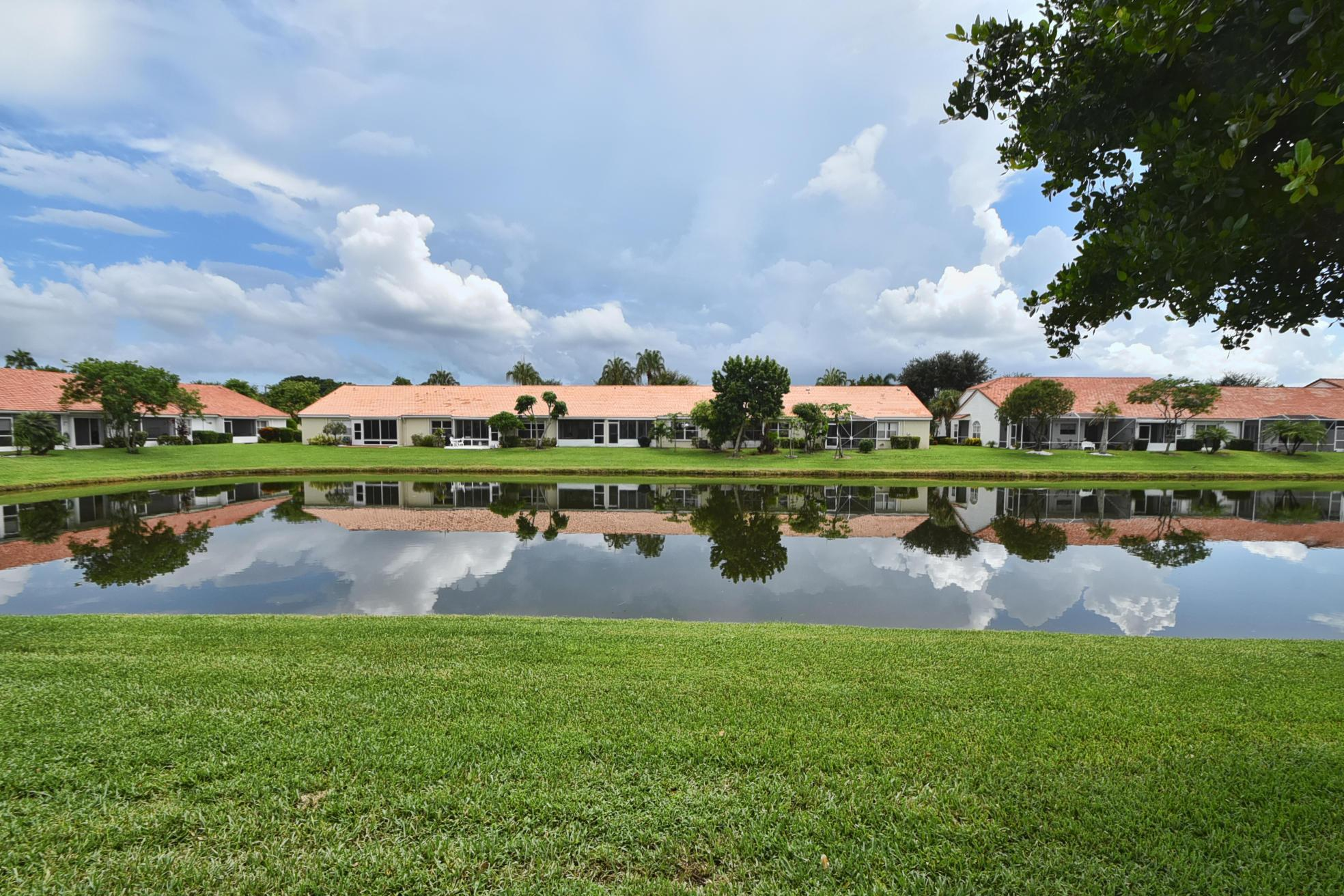 Delray Beach Floral Lakes