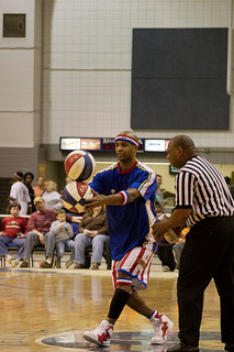 Harlem GlobeTrotters - Photo Credit: http://www.flickr.com/photos/battlecreekcvb/4101133024/